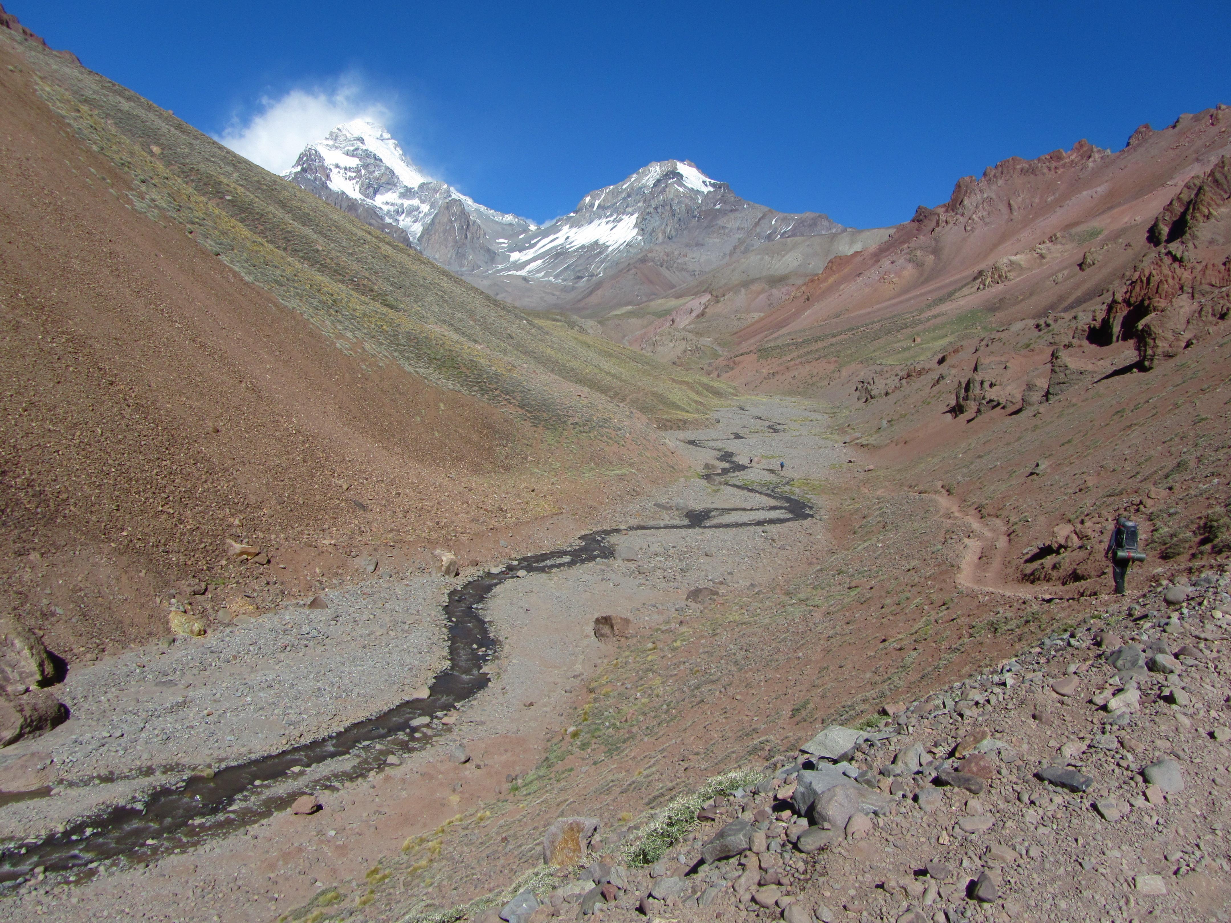 Verheissungsvoll leuchtet der Aconcagua.
